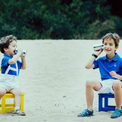 Fotos divertidas de niños en la arena